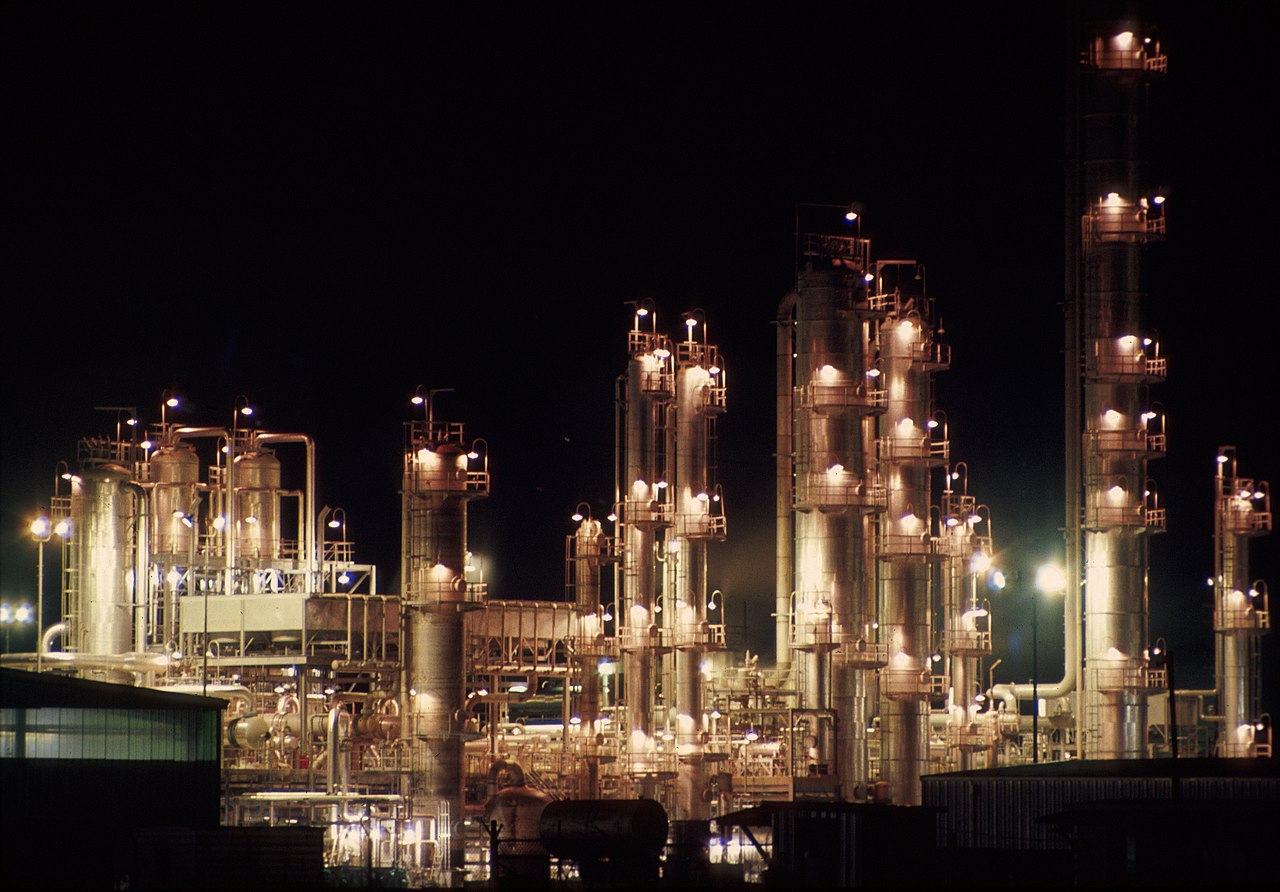 Oil refinery lights up at night